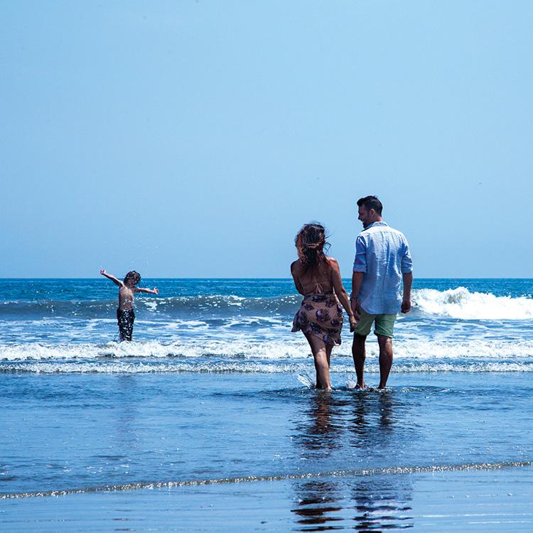 Family enjoying vacation in Panama